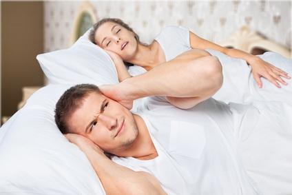 迷惑ないびきをかかない方法はあるのか?あなたのいびきの原因と対処法!